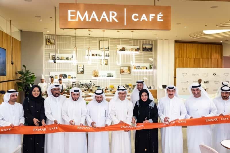 مقهى إعمار كافيه في منطقة الأزياء فاشن أفنيو في دبي مول
