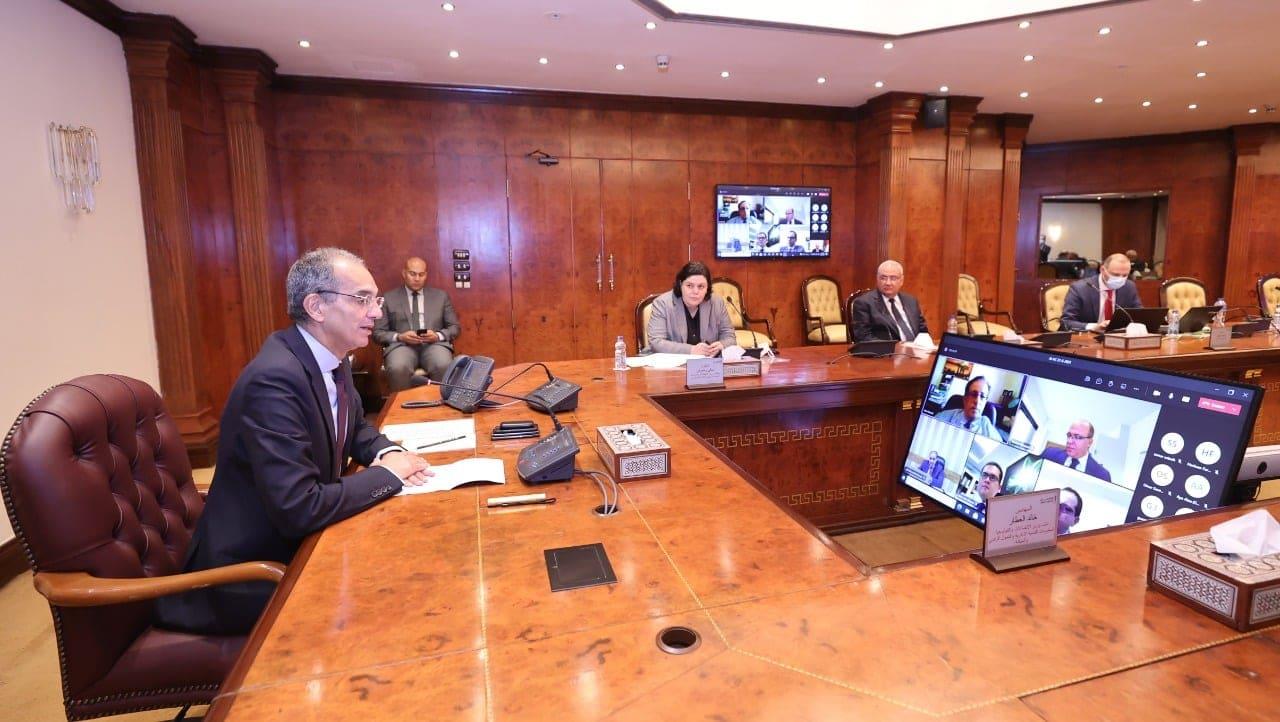 عمرو طلعت وزير الاتصالات وتكنولوجيا المعلومات يعلن إطلاق منصة الذكاء الاصطناعى فى مصر